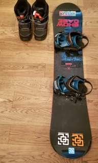 Snowboard (135cm) + boots +binding for 9-12yr old