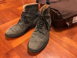 England Church's Leather Boots classic style shoes Alden Caldecott boot Church