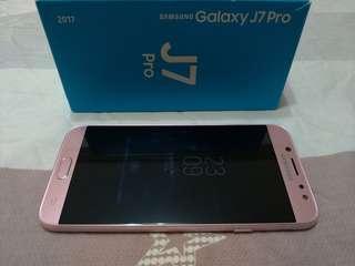 高雄 SAMSUNG Galaxy J7 Pro 粉色 3G/32G 前後1300萬畫素 F1.7大光圈 大電量/大喇叭 超值智慧手機