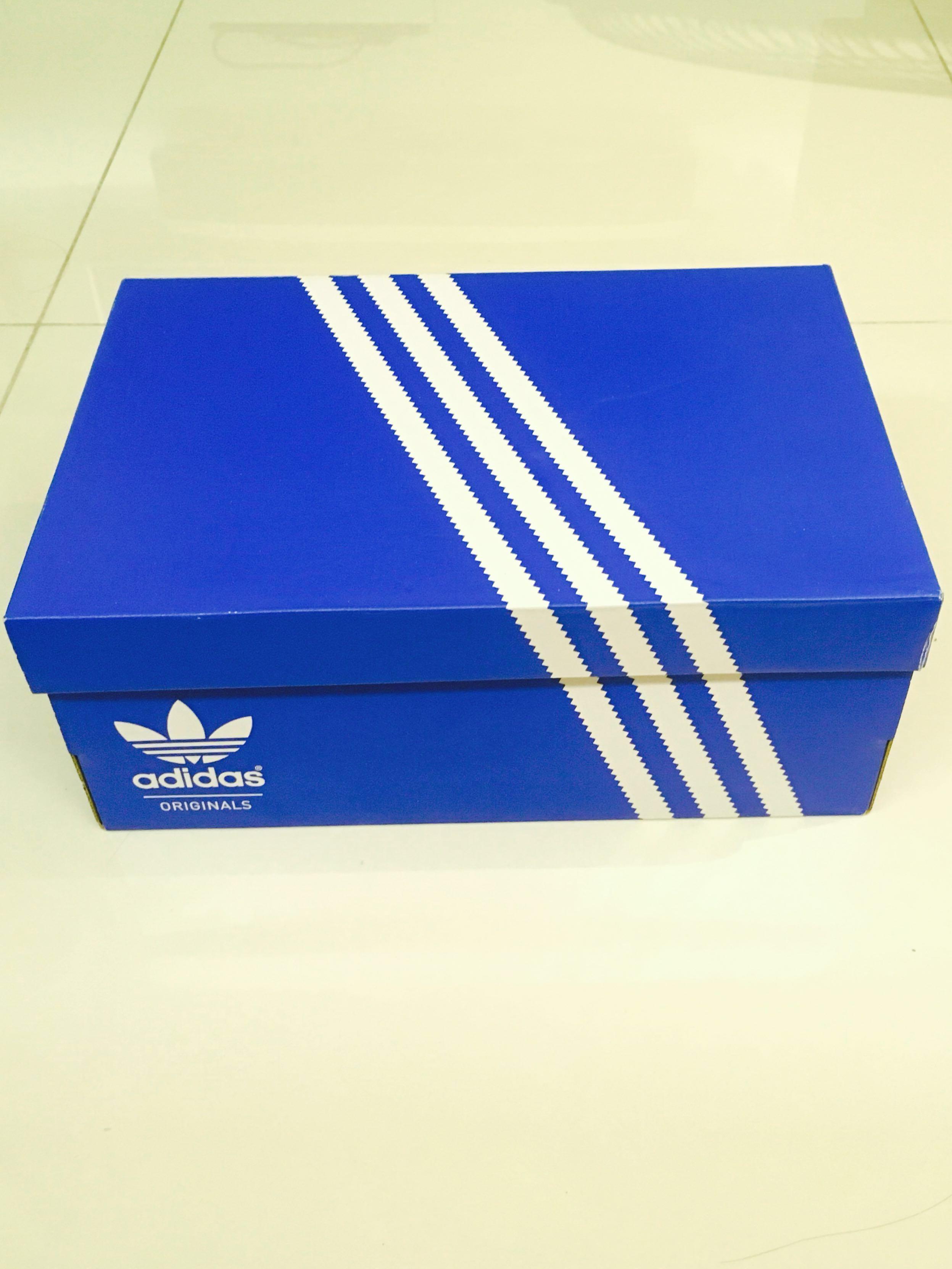 Adidas Originals Shoe Box Everything Else On Carousell