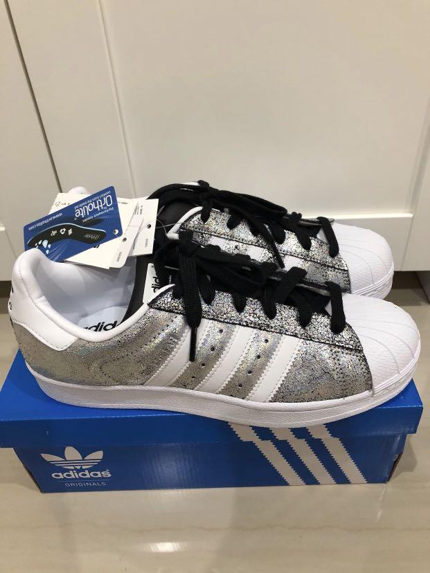 best sneakers 21885 ff69b Adidas Superstar W (glitter silver), Women's Fashion, Shoes ...