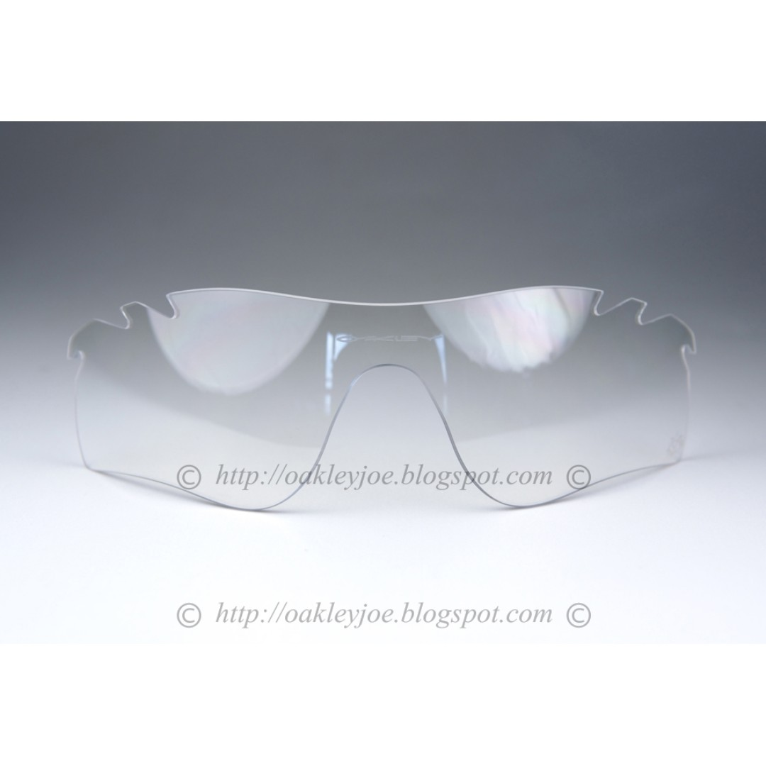 6fea216ea1a BNIB Oakley Radarlock Path Replacement Lens Kit clear vented 43-534 ...