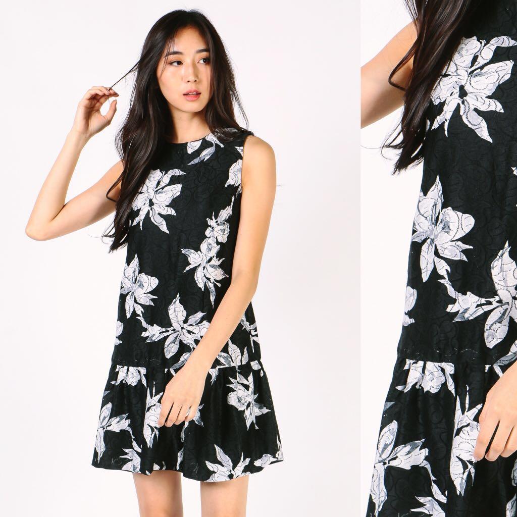 39411e79a8b Dressabelle black floral sleeveless fluted hem dress