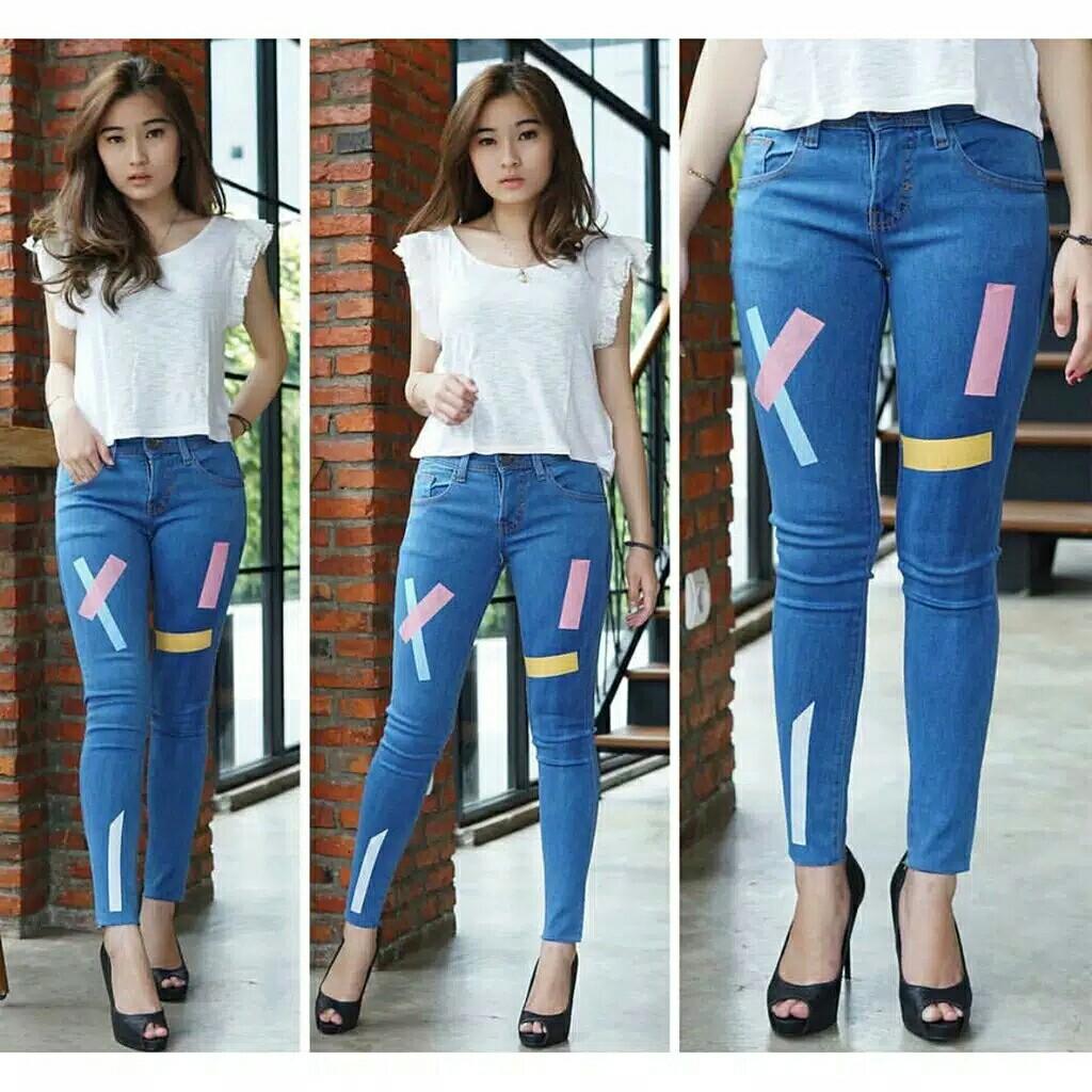 Jeans Line Colour Celana Jeans Wanita Jeans Warna Warni Jeans Kekinian Fesyen Wanita Pakaian Wanita Bawahan Di Carousell