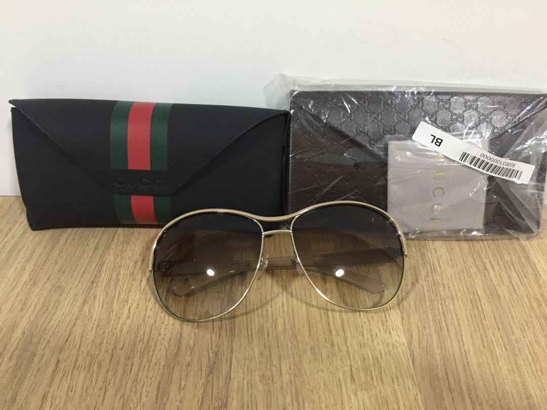 0d78d32064d Ladies Gucci Sunglasses - ladies Gucci brand for men   women come with Gucci  box - brand new - 100% genuine Unisex - photo as shown Currently stock on  hand ...