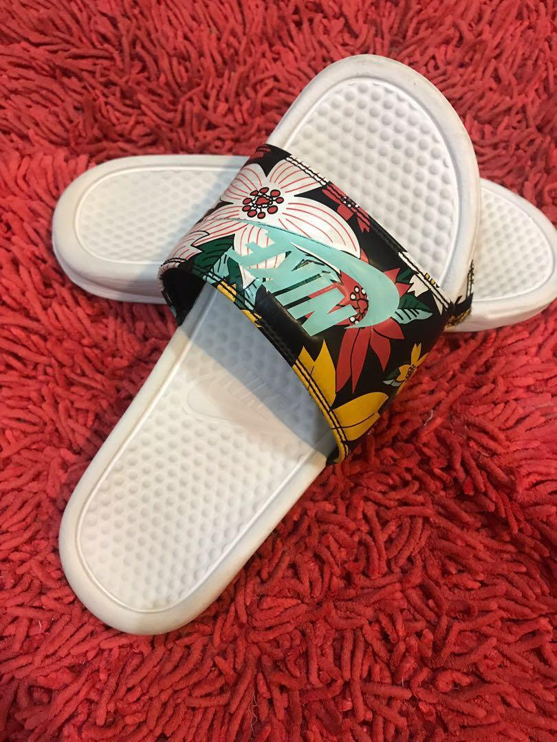 Nike Benassi Floral Slippers, Men's