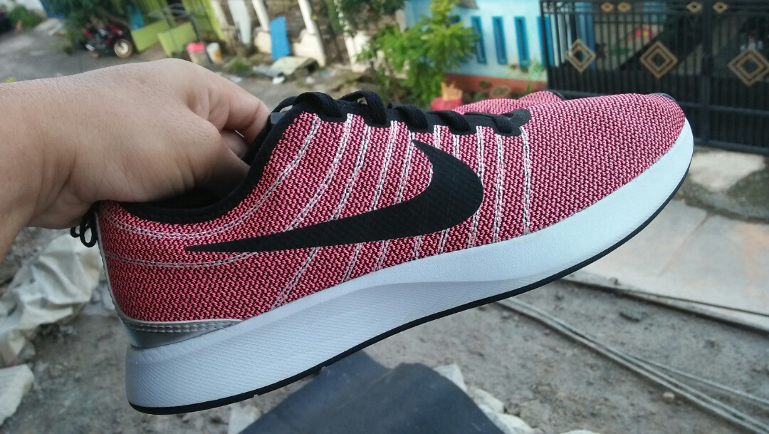 Sepatu Pria Nike Dualtone Racer Mens Fashion Mens Footwear