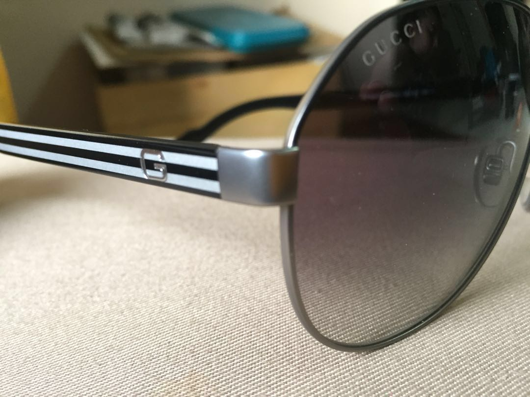 35f71ba8eca46 Sunglasses - Gucci brand for men   women come with Gucci box - brand new -  100% genuine Unisex - photo as shown Currently stock on hand - all 1 pcs  per ...