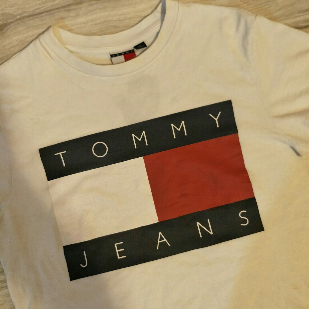 603c0bdf Tommy Hilfiger Jeans Tshirt, Men's Fashion, Clothes, Tops on Carousell
