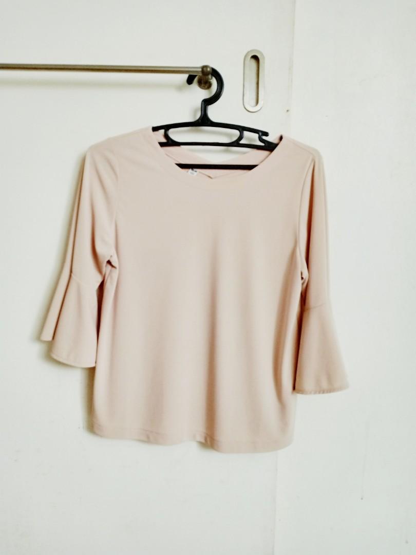 da85ef6b3d960d Uniqlo Pale Pink Top