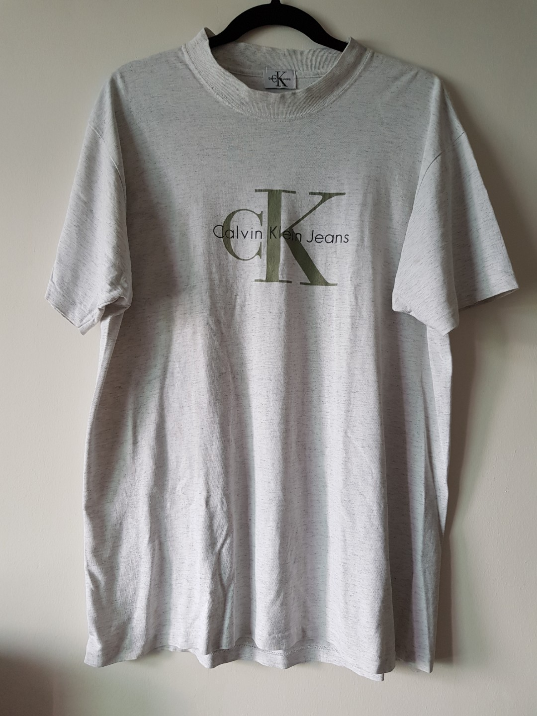 f56411a1cd42 Vintage Calvin Klein Tee, Men's Fashion, Clothes, Tops on Carousell