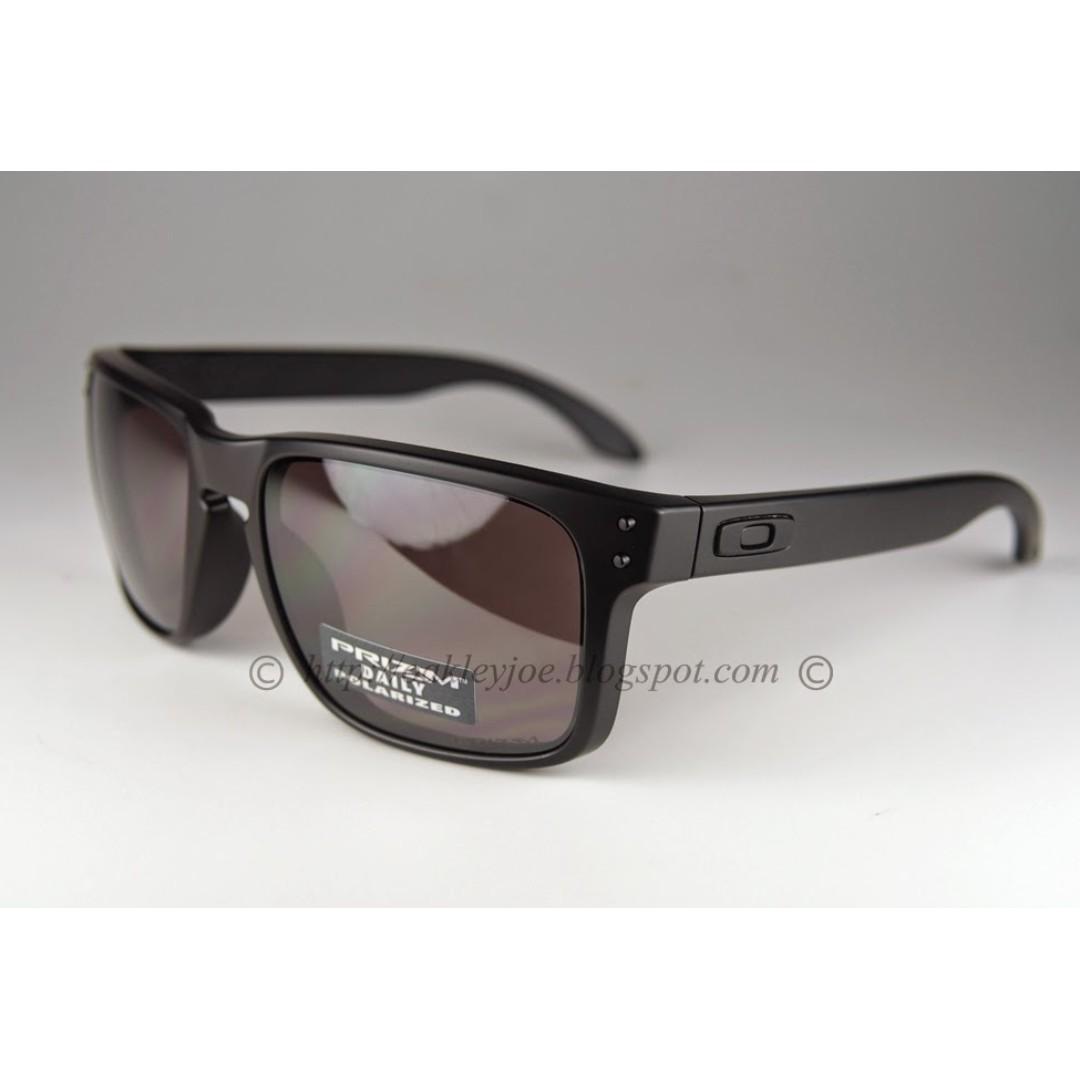 0c9bed43bbb81 BNIB Oakley Holbrook Convert matte black + prizm daily polarized oo9102-09  sunglass shades