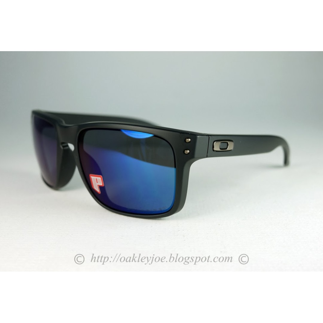 97a1e6c492 BNIB Oakley Holbrook matte black + ice iridium polarized oo9102-52 sunglass  shades
