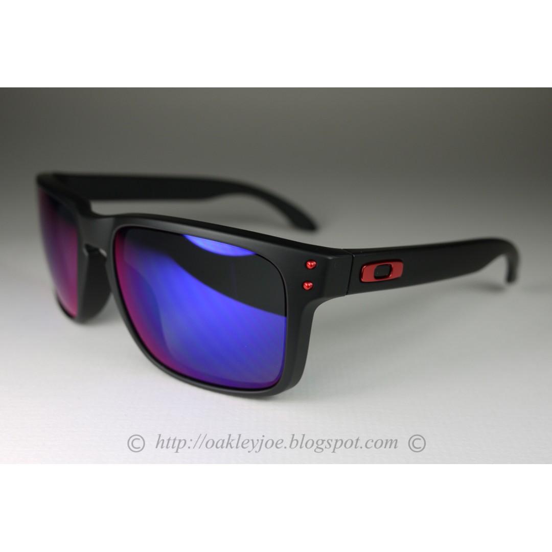 af9df98be8dcf Xmas Sale! BNIB Oakley Holbrook matte black + positive iridium OO9102-36  sunglass shades