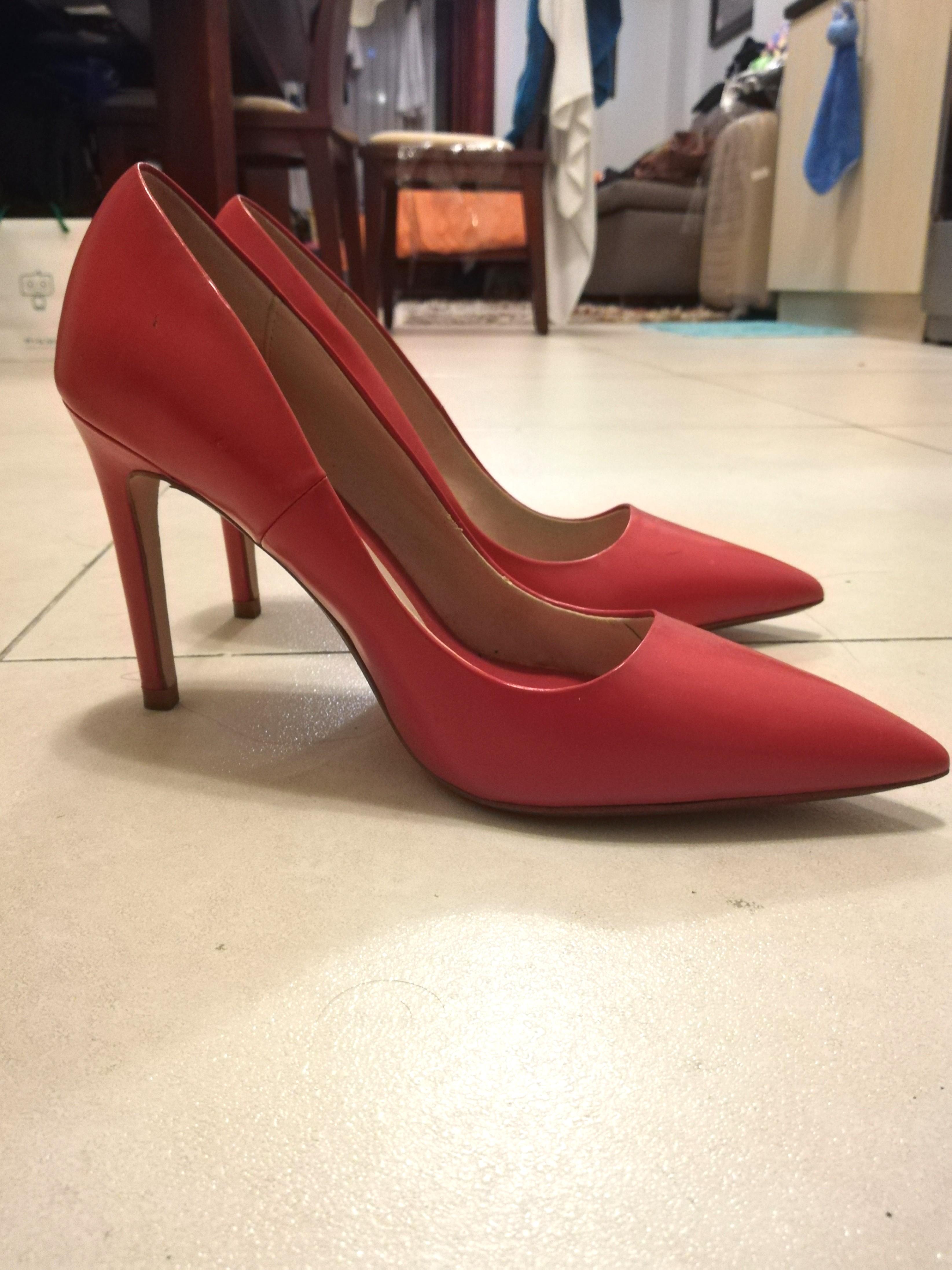 0914f58236a Zara cherry red sexy corporate heels