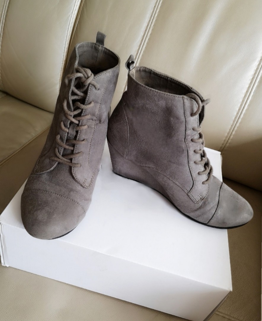 7a53489a51d ZARA Lace-Up Heeled Boots
