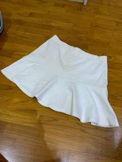 iORA White Mini Skirt