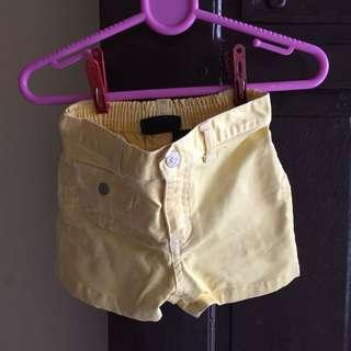 Yellow Short 6-9m
