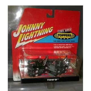 絕版 2001年 Johnny Lightning Limited Edition 1 of 2000 First Shot The Lost Toppers Pair Of 1972 Tow'D 合金車1盒