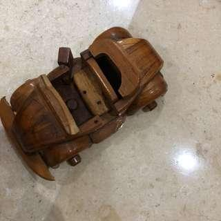 Mainan/pajangan mobil