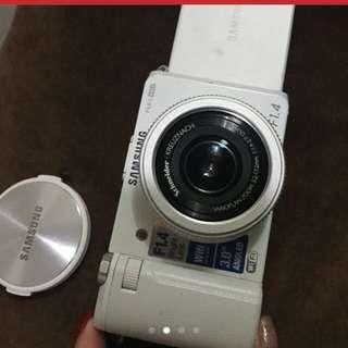 🚚 三星Ex2F相機
