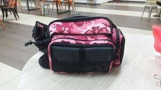 Daiwa pink waist pouch