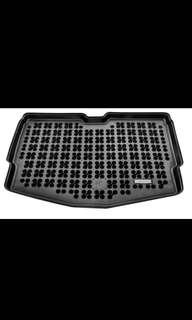 Nissan Note rubber boot mat