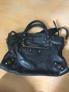 🚚 Balenciaga City Bag