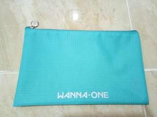 WANNA ONE SUMMER POP UP STORE ( TRAVEL POUCH)