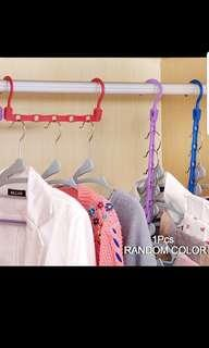 Space spacing clothes hangers - Brand new - random colours