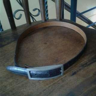 Black calfskin belt