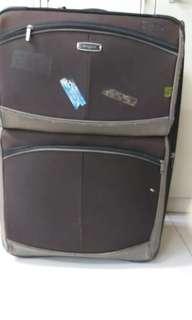2 wheels luggage size H 29inch