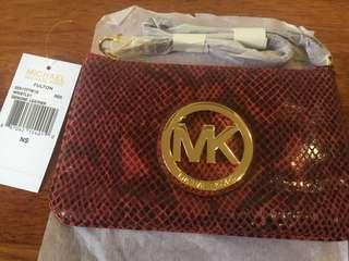 New Micheal Kors wristlet original (retail price RM409)