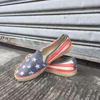 American eagle slip on shoes