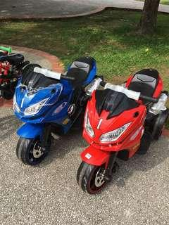 Motor bike kids ride