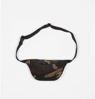 15e3ac9ca Baggu Grey Sling Bag, Men's Fashion, Bags & Wallets, Sling Bags on ...