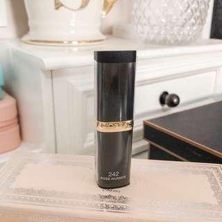 Loreal color riche matte lipstick • shade: rose nuance 243