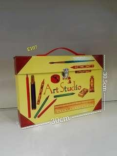 E107 - Art Studio Art Kit