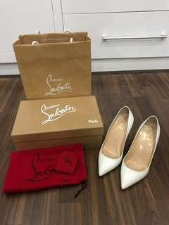 Christian Louboutin. Size 35. White. Authentic Preloved