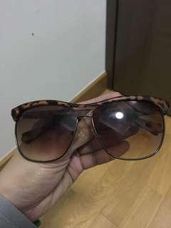Eyewear two 40$