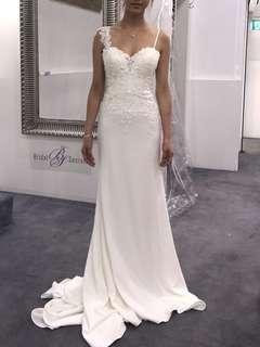 Brand new wedding dress Sz 6-8
