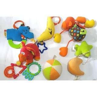 Crib toys dolls