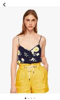 Mango 深藍花卉細肩上衣