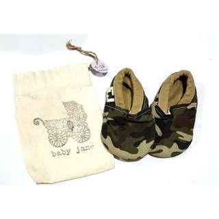 Bnew Baby Jane 6-12m crib shoes