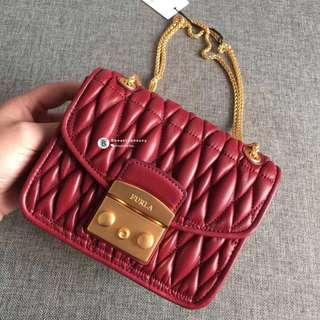 NEW✨Furla Metropolis Quilted Nappa Leather - dark red