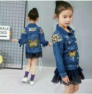 Long-Sleeved Girls Denim Jacket 2-8Yrs Girls Denim Tops Rose Flowers Embroidered Jeans Jacket Girls Coats