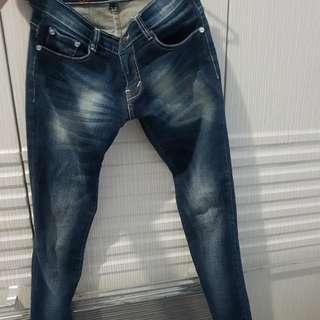 Jeans / celana panjang