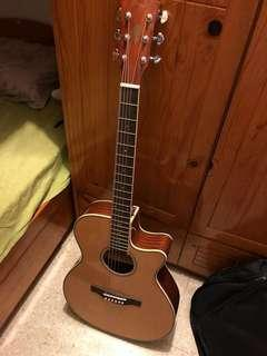 Glanez guitar with bags and delivery