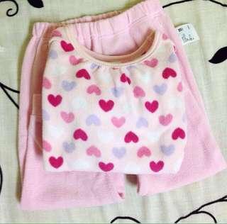 🚚 uniquo baby 女童愛心滿滿粉色冬季絨毛居家服