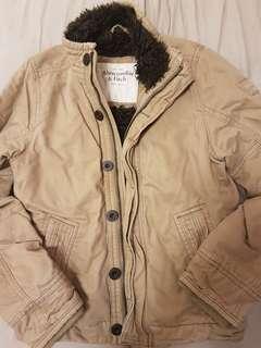 🚚 A&F外套 原價1萬多 全新